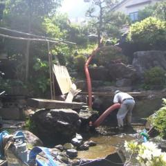 池の汚泥清掃①